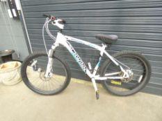 White and blue Schwinn mountain bike