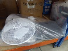 3038 Desk fan, fold up fabric storage box and tumble dryer water container