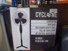 3042 2 Cyclone 16'' pedestal fans