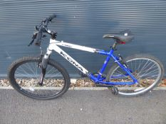 Kona white and blue gents mountain cycle