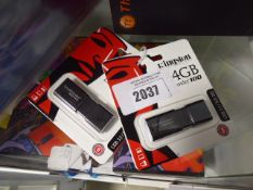 2 Kingston USB storage devices in sealed packs