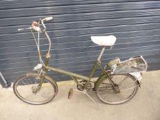 Green vintage 20 ladies bike