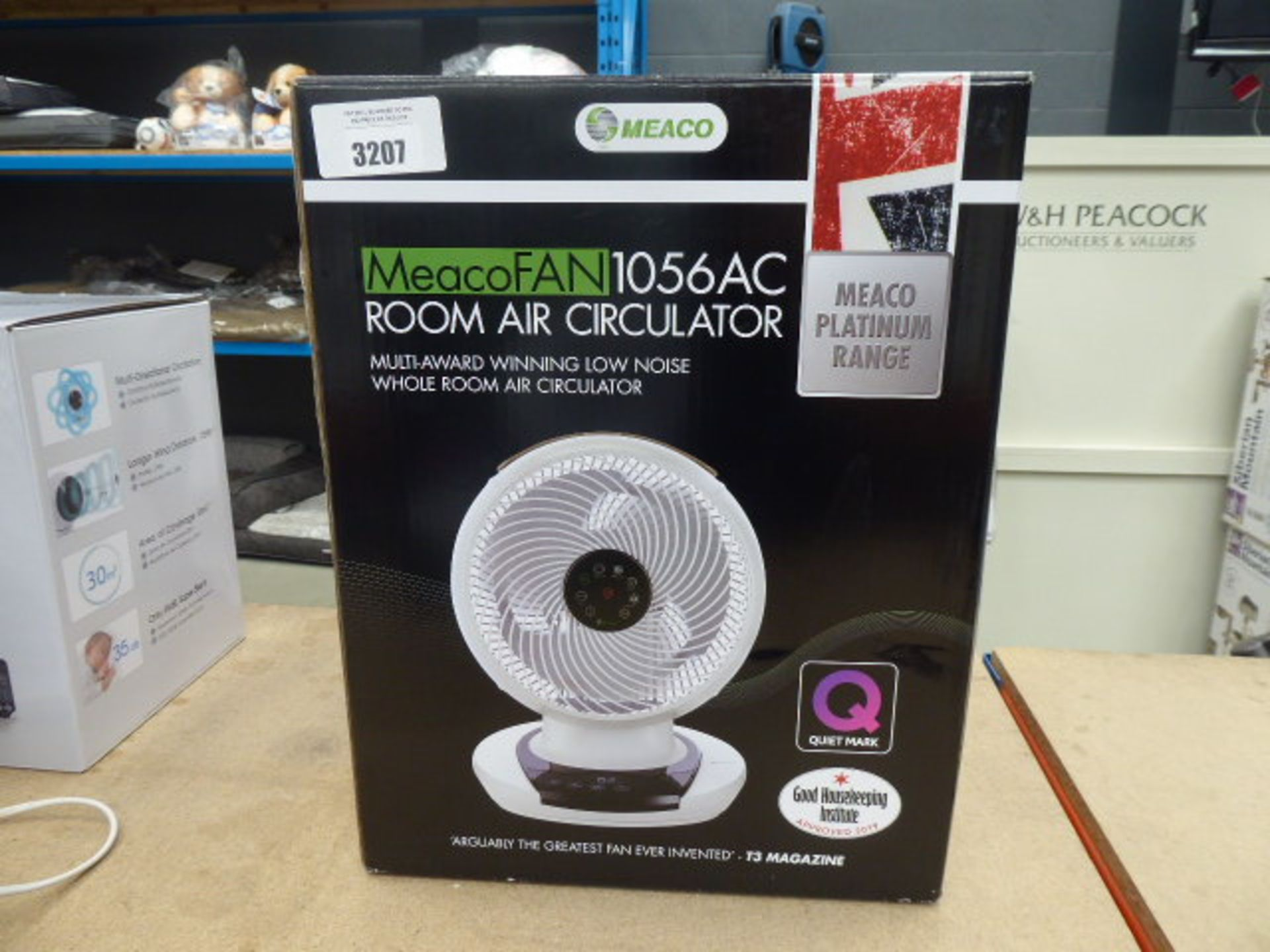Lot 3207 - Room air circulator fan