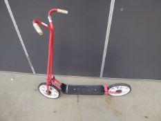 Vintage 2-wheel scooter
