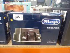 Delonghi scolpito 4 slice toaster