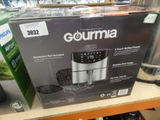 (57) Boxed Gourmia digital air fryer