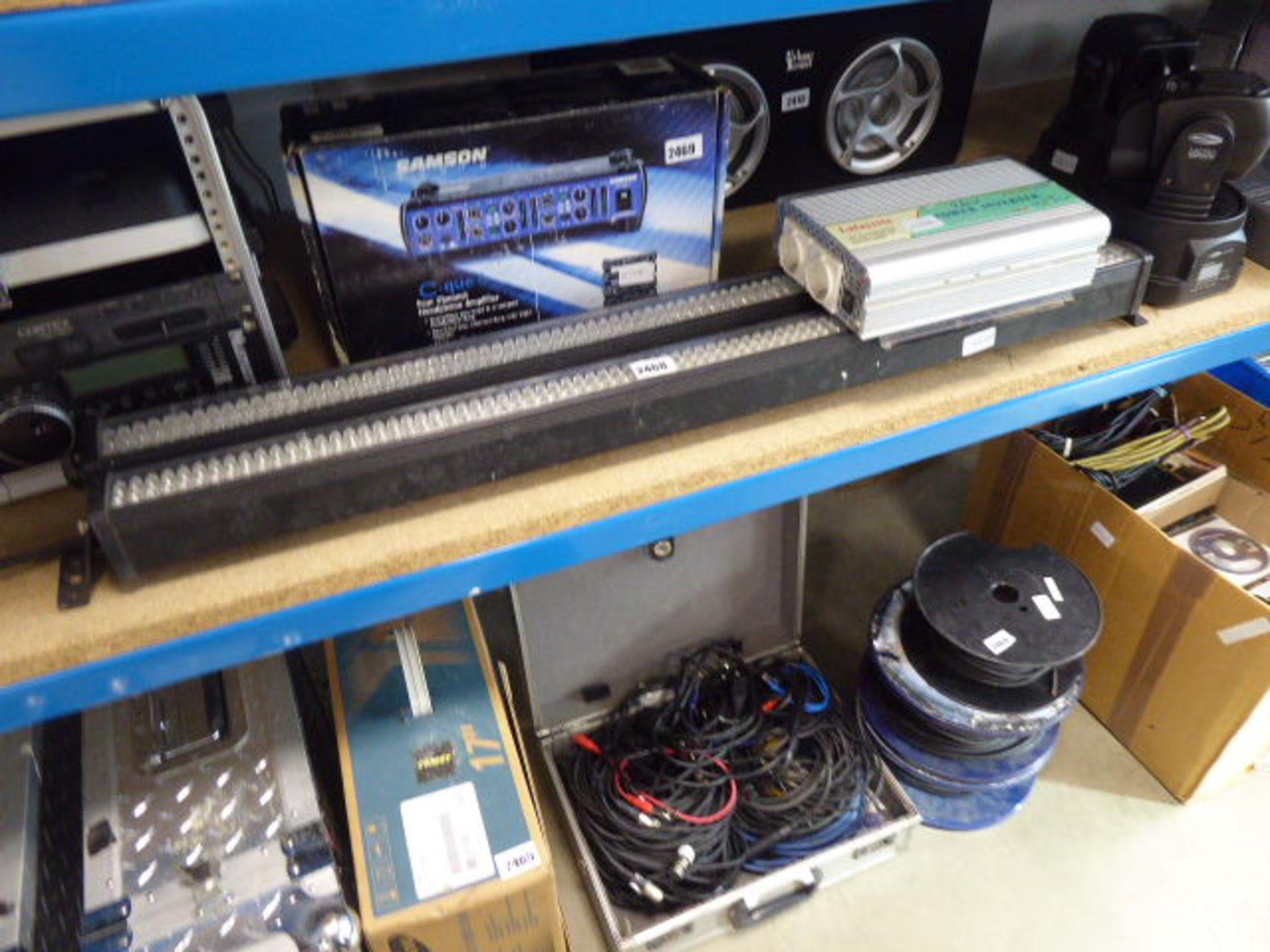 Lot 2468 - Lafayette power inverter with 2 LED light bars
