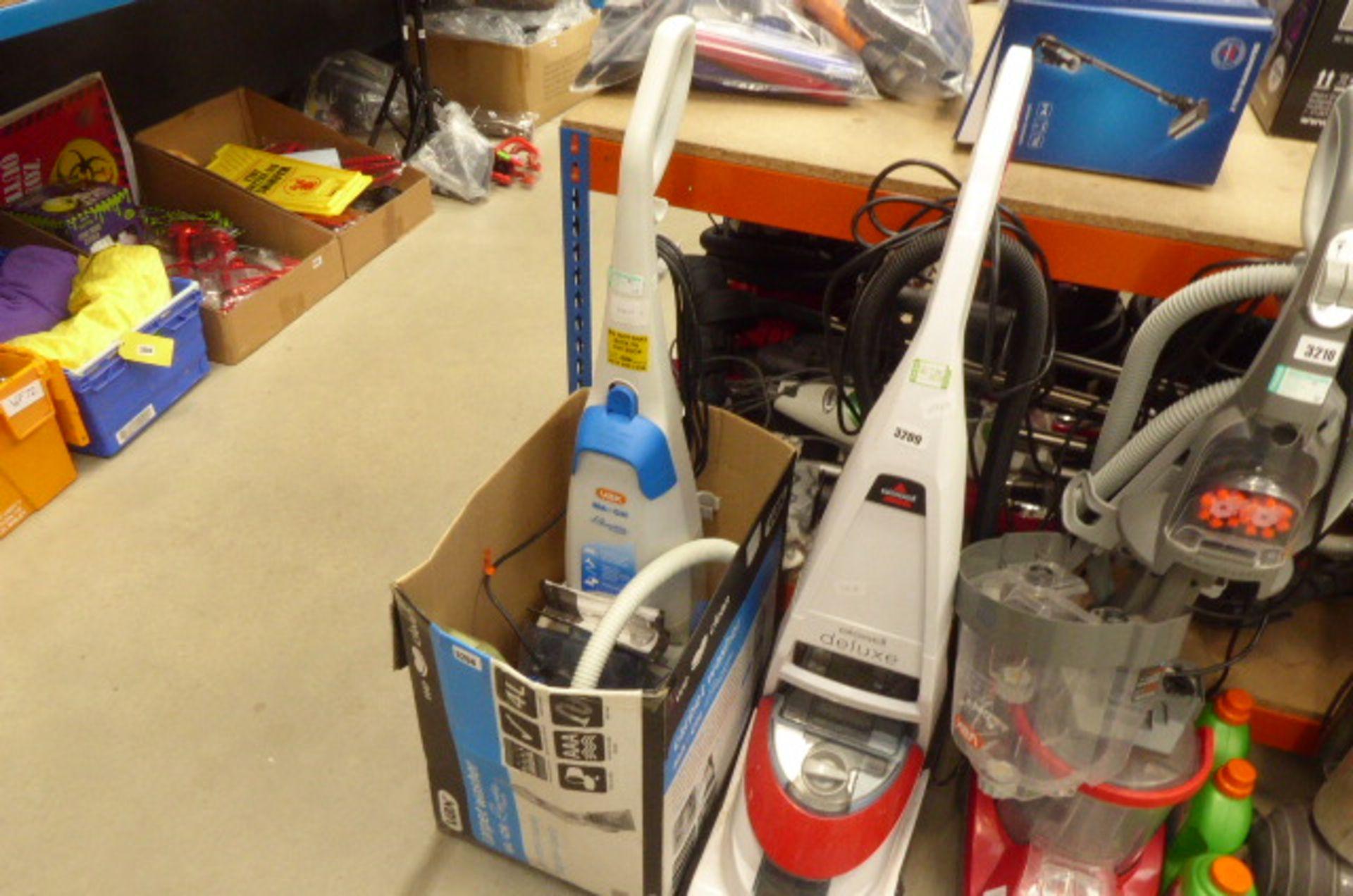 Lot 3208 - (29) Upright Vax floor cleaner