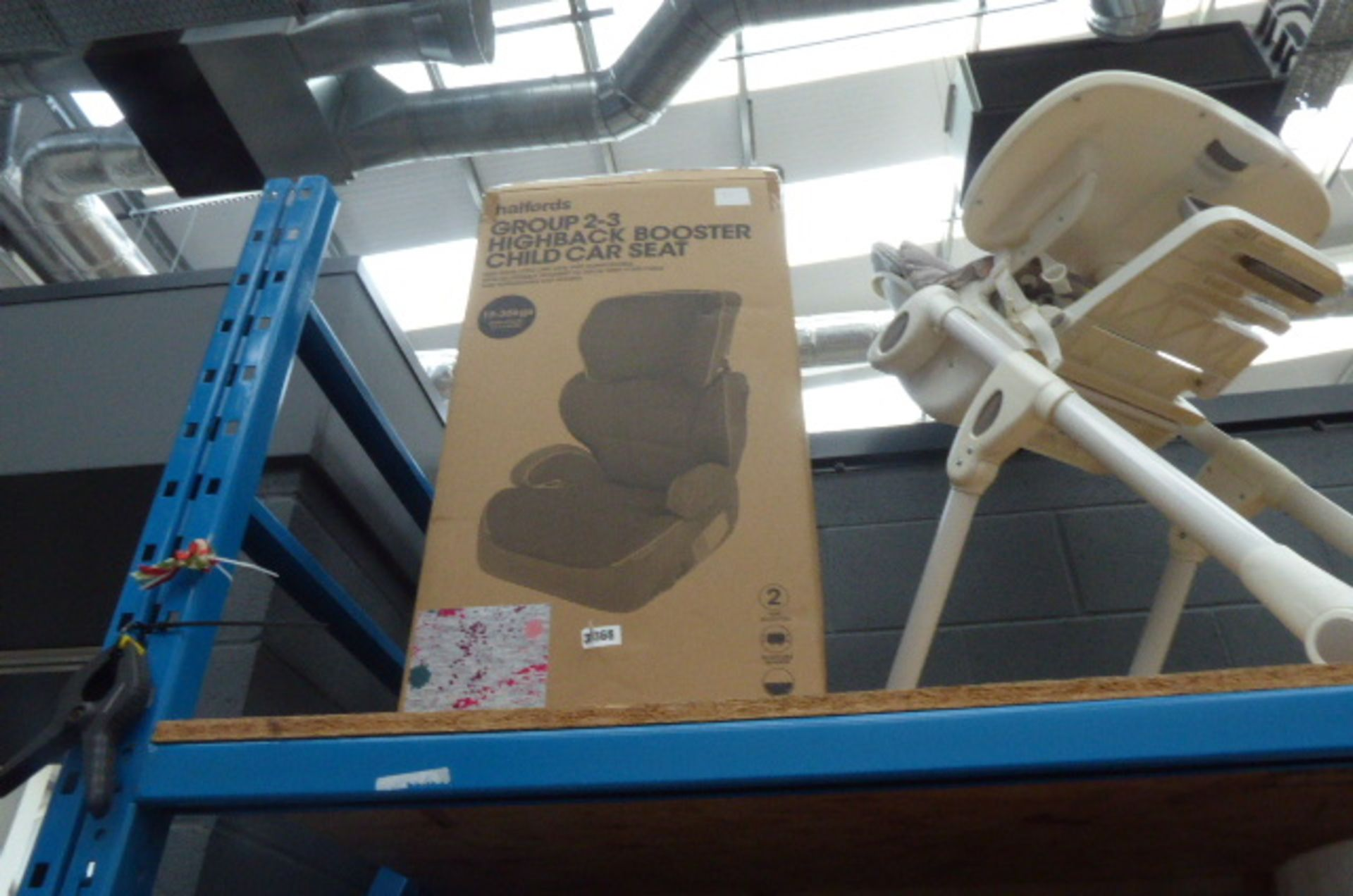 Lot 3353 - 3368 Boxed Halfords booster car seat