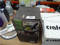 2 boxed Jamie Oliver pestle and mortar sets