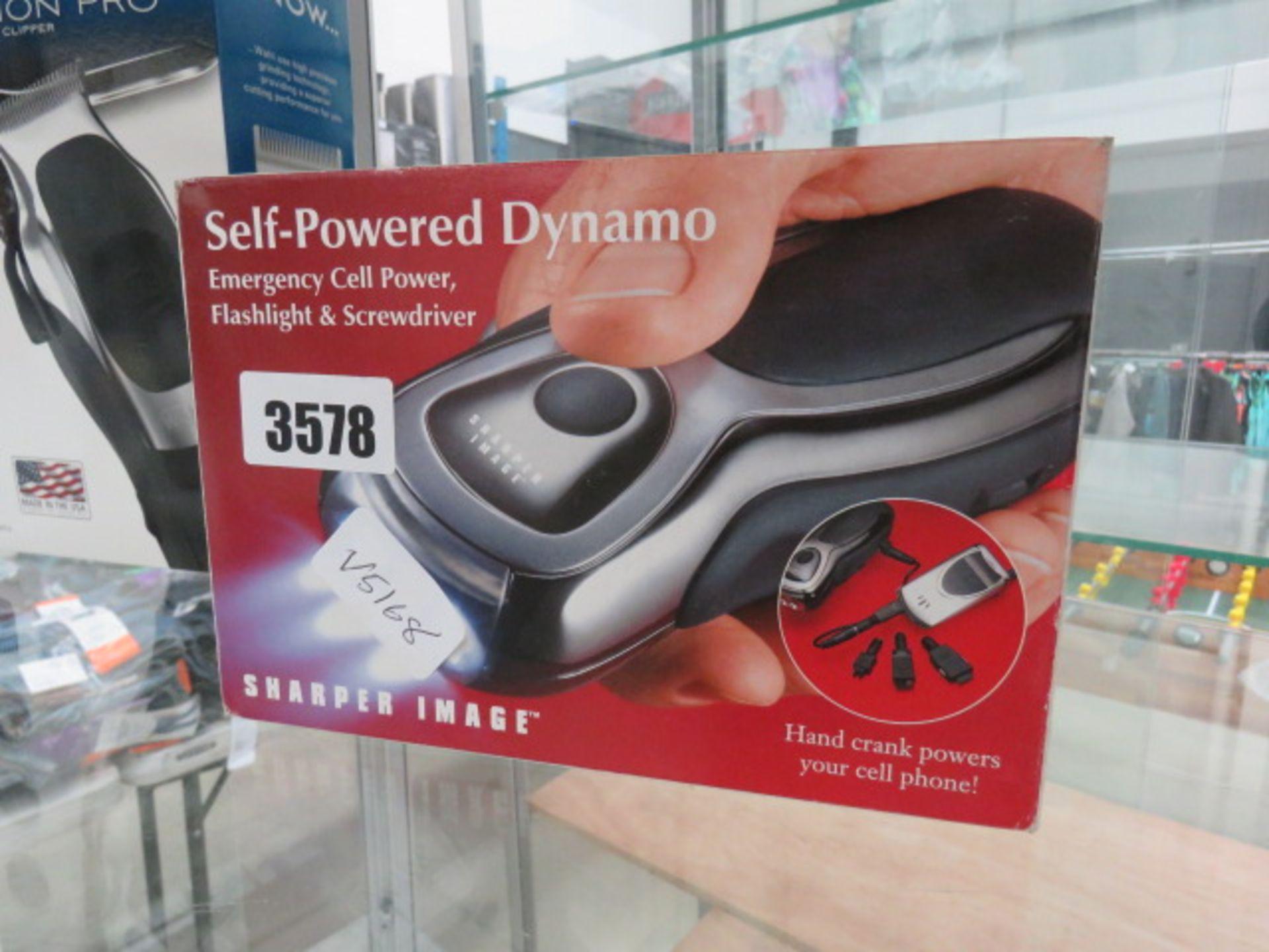 Lot 3578 - Self powered Dynamo flash light and screwdriver set