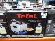 (60) Boxed Tefal filter fryer