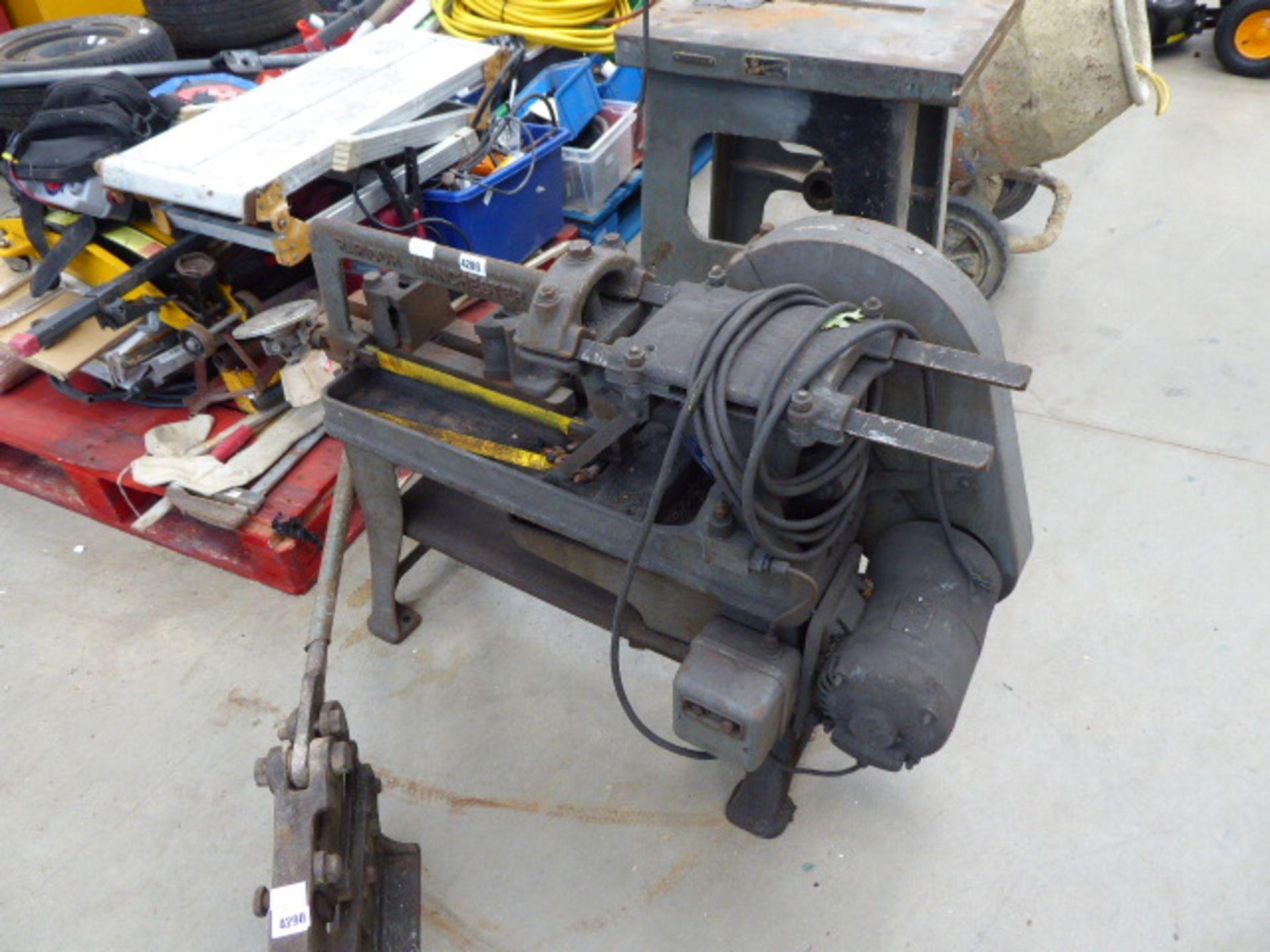 Lot 4289 - Large electric powered hacksaw