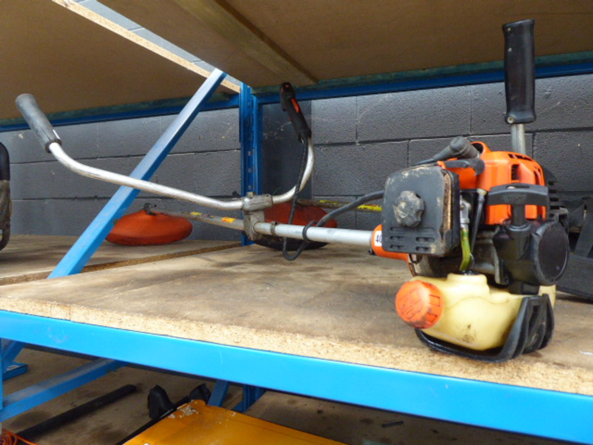Lot 4054 - Echo petrol powered strimmer