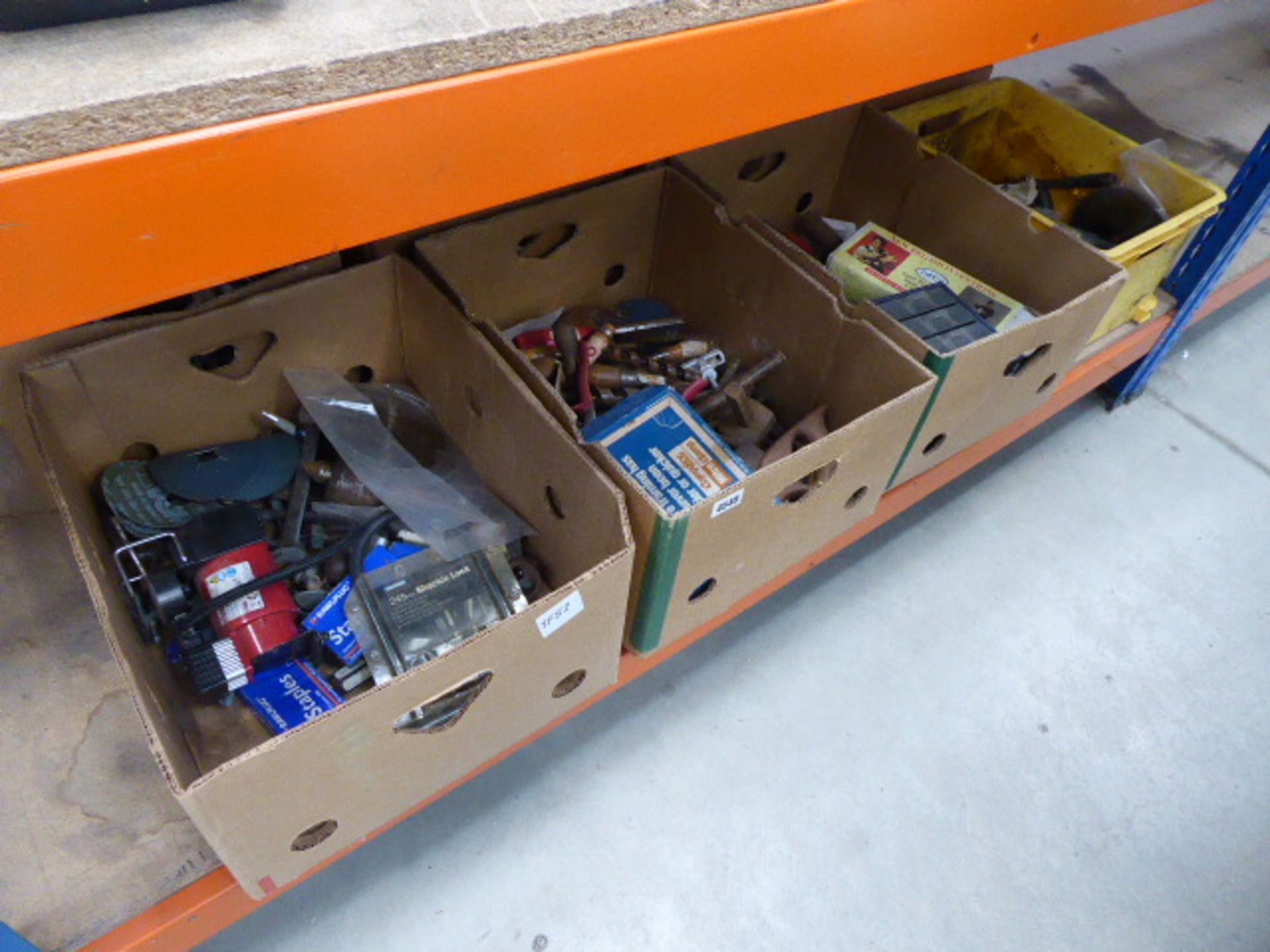 Lot 4540 - Half an underbay of assorted tools including drills, screw drivers, pumps, spanners, bits, etc