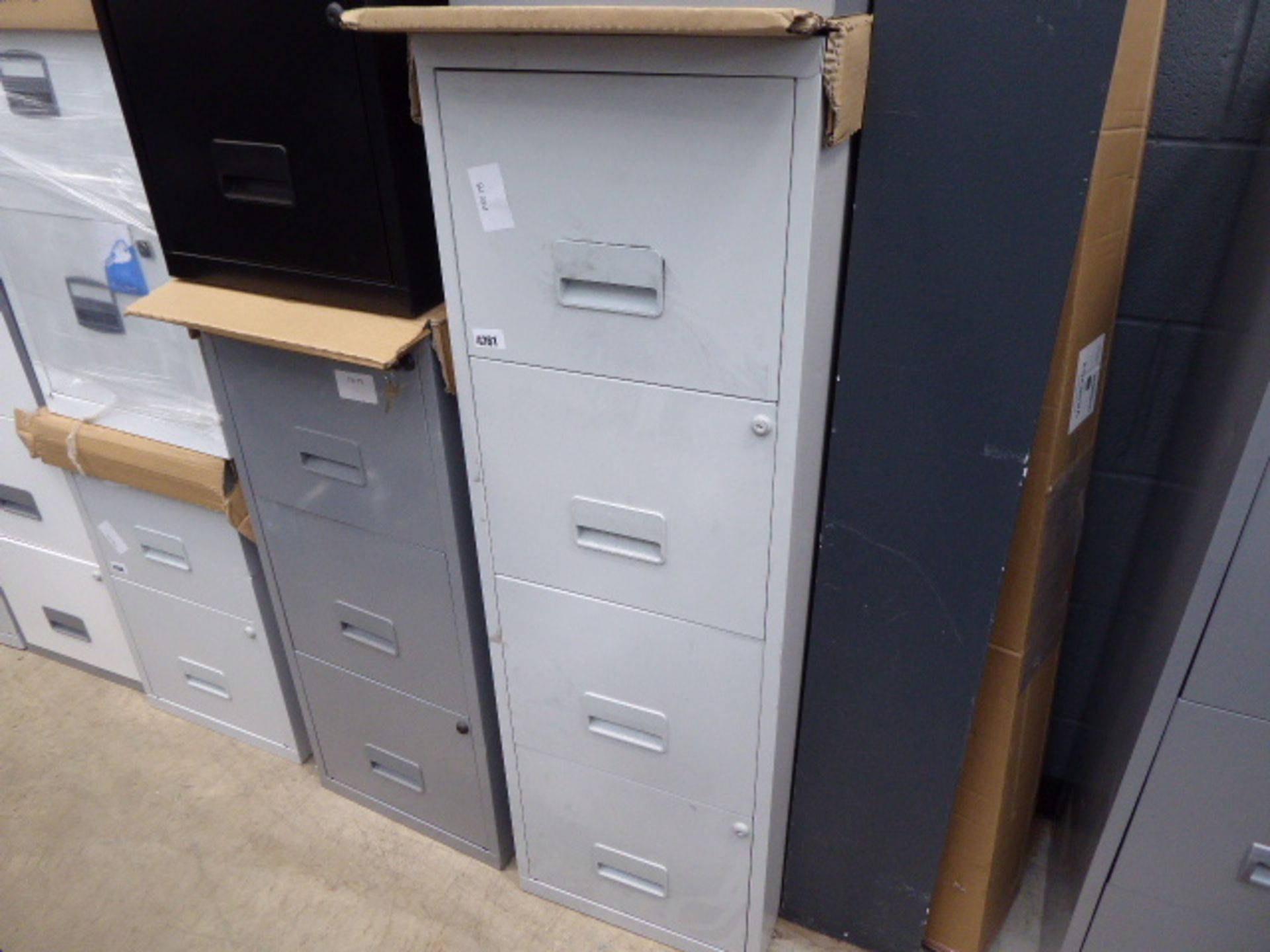 Lot 4261 - 4260 4 drawer grey metal filing cabinet and black 3 drawer metal filing cabinet