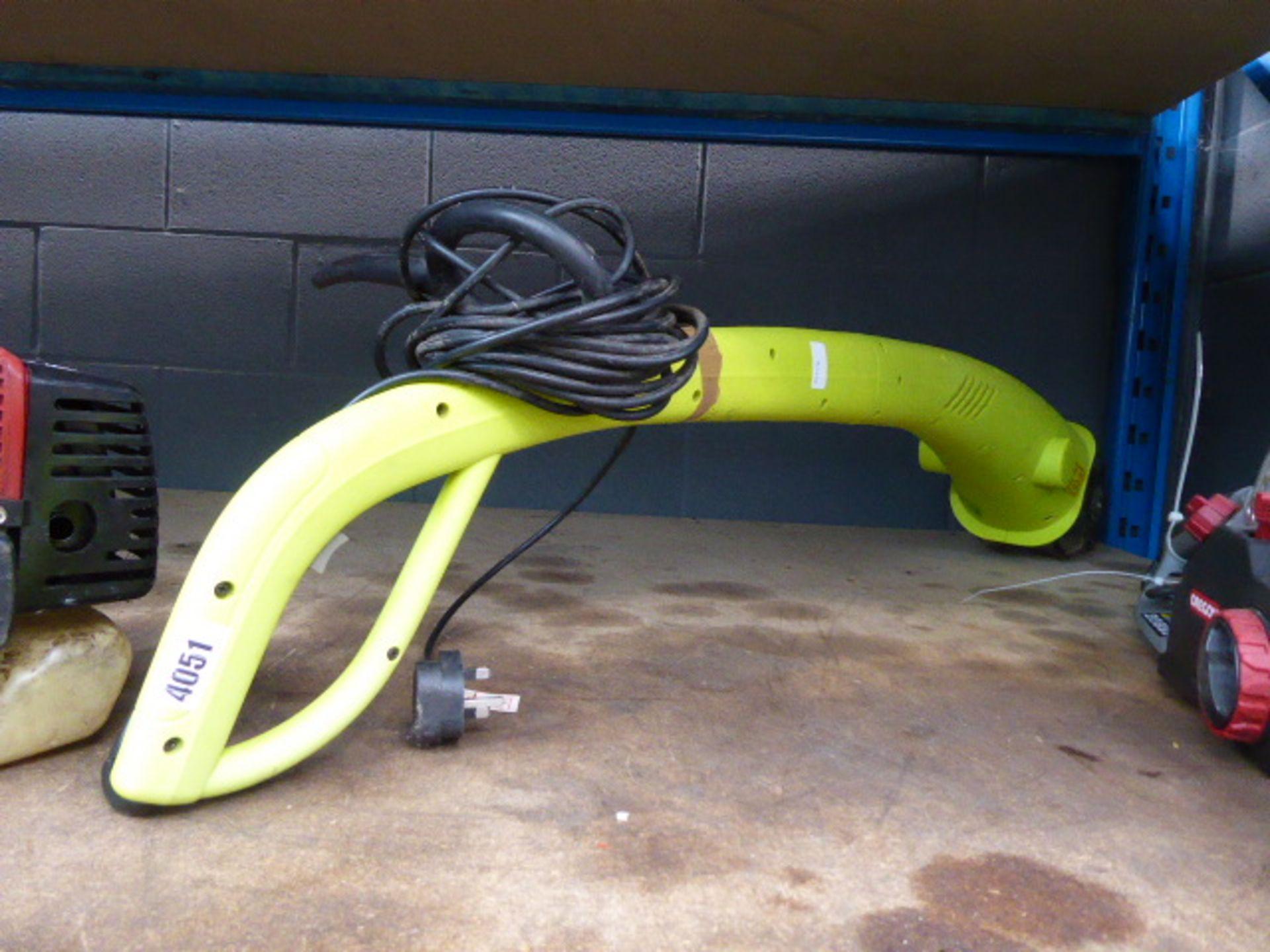 Lot 4051 - Small electric tiller