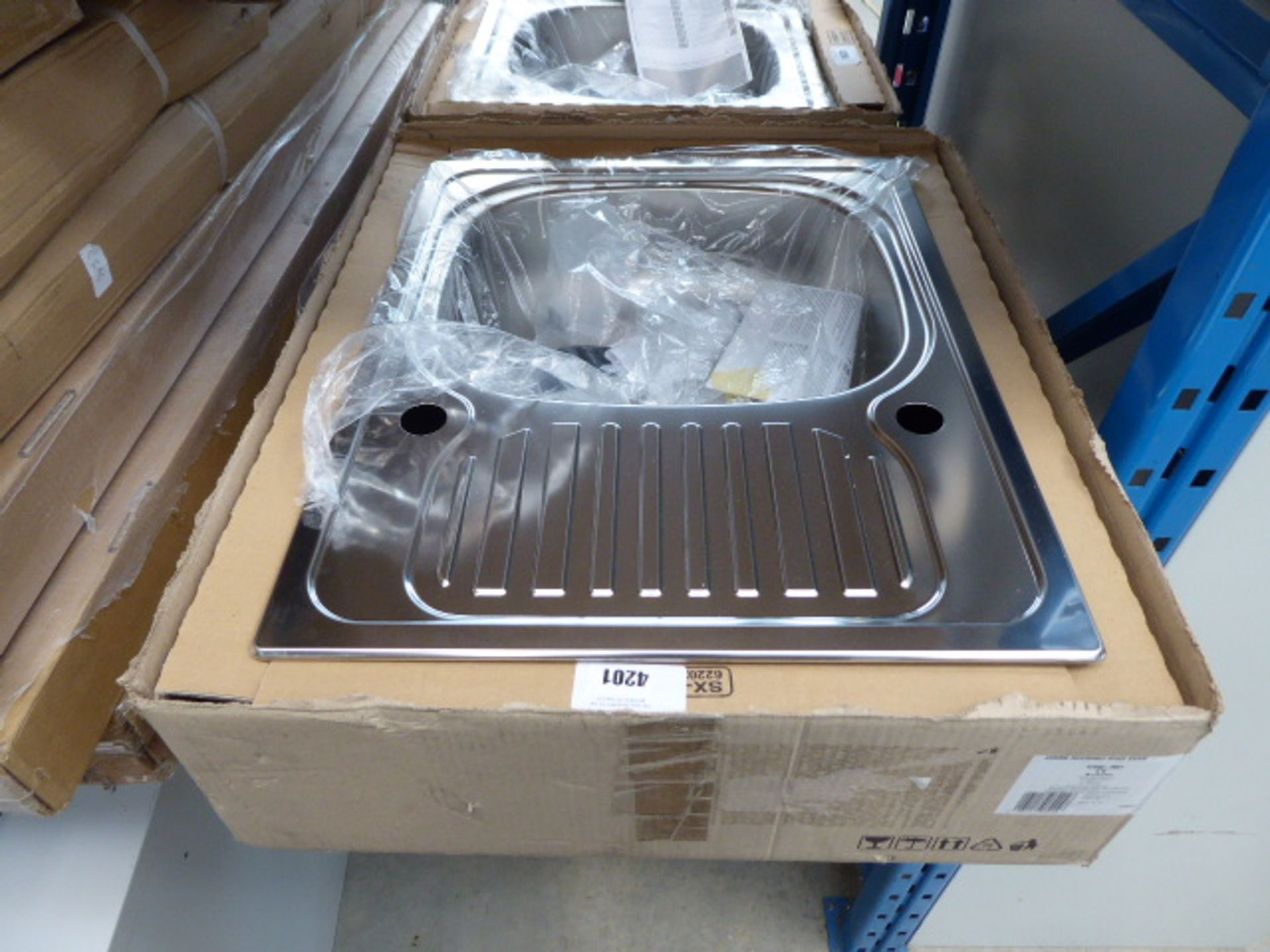 Lot 4201 - Single bowl stainless steel sink