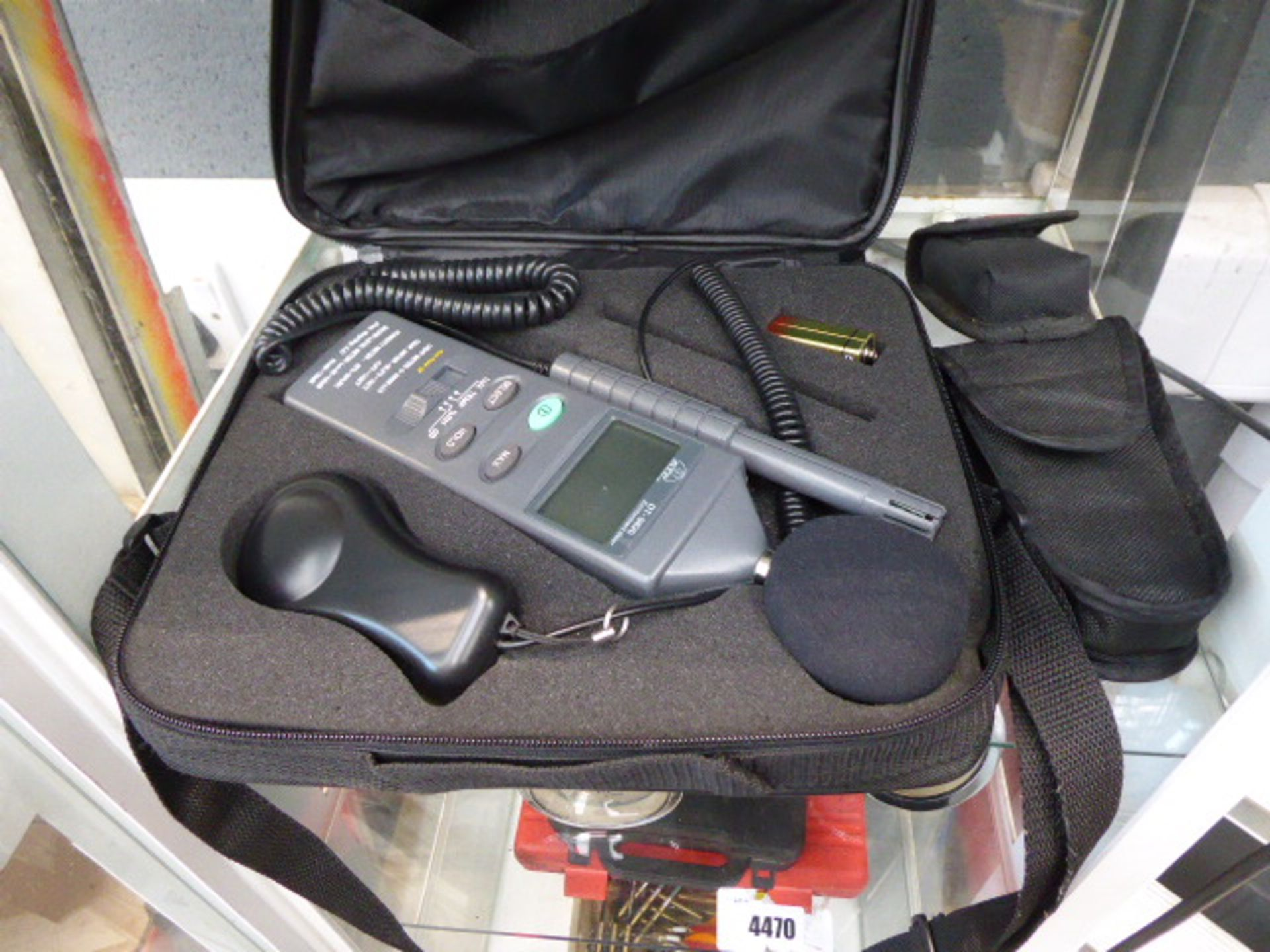 Lot 4469 - Temperature tester, distance meter and environment meter