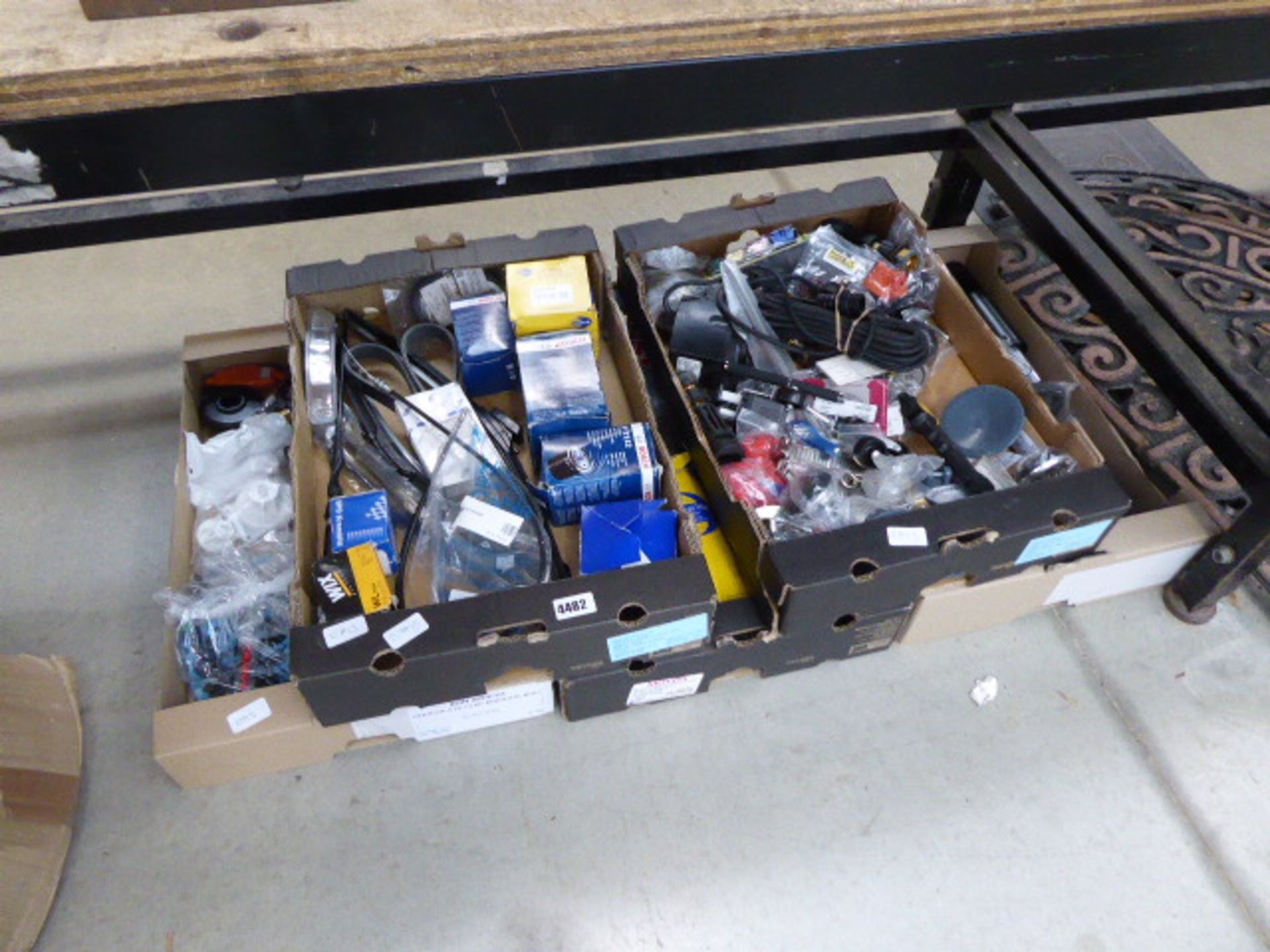 Lot 4482 - 5 trays of assorted car related items and electrical items including filters, lenses, clamps, plugs,