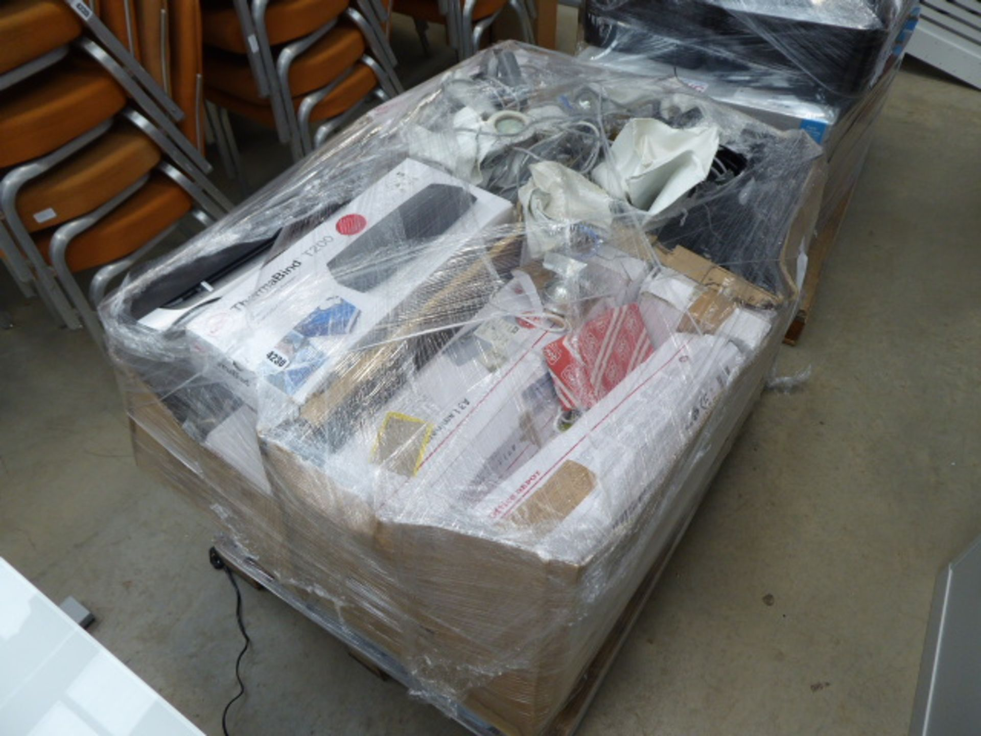 Lot 4230 - Pallet of keyboards, lights, laminators, telephones, etc
