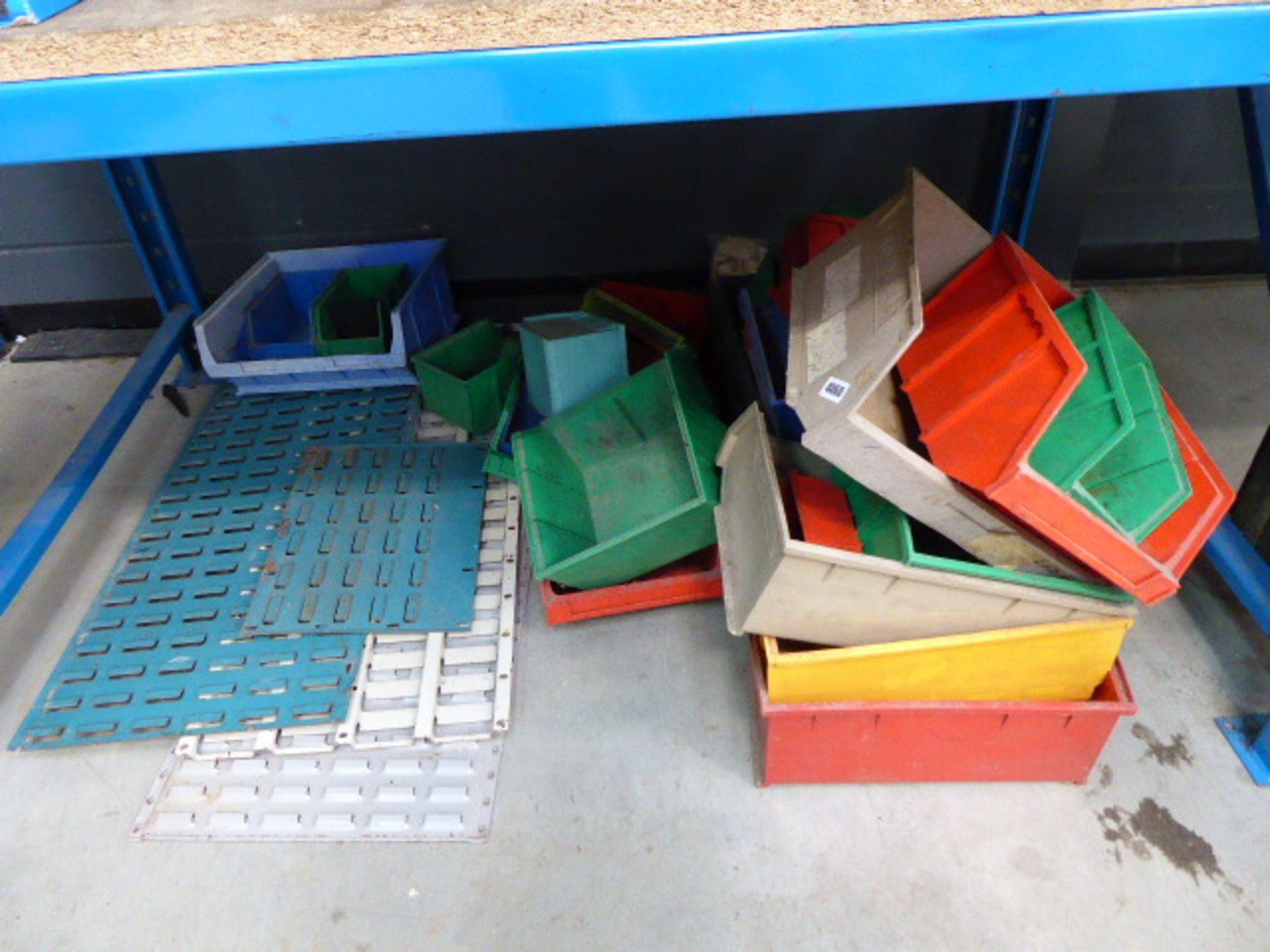 Lot 4060 - Underbay containing lin bins and lin bin racking