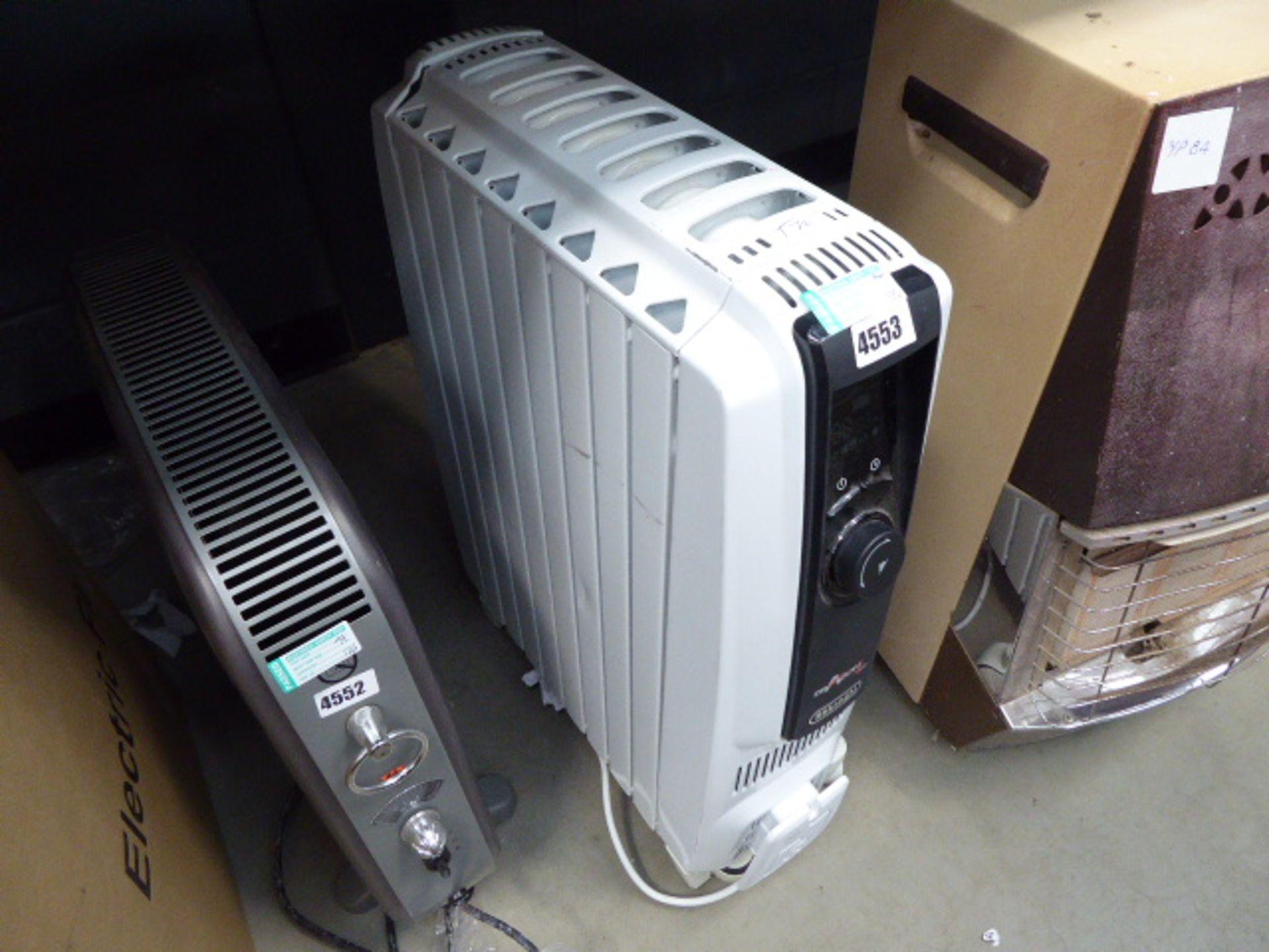 Lot 4553 - Delonghe oil filled radiator