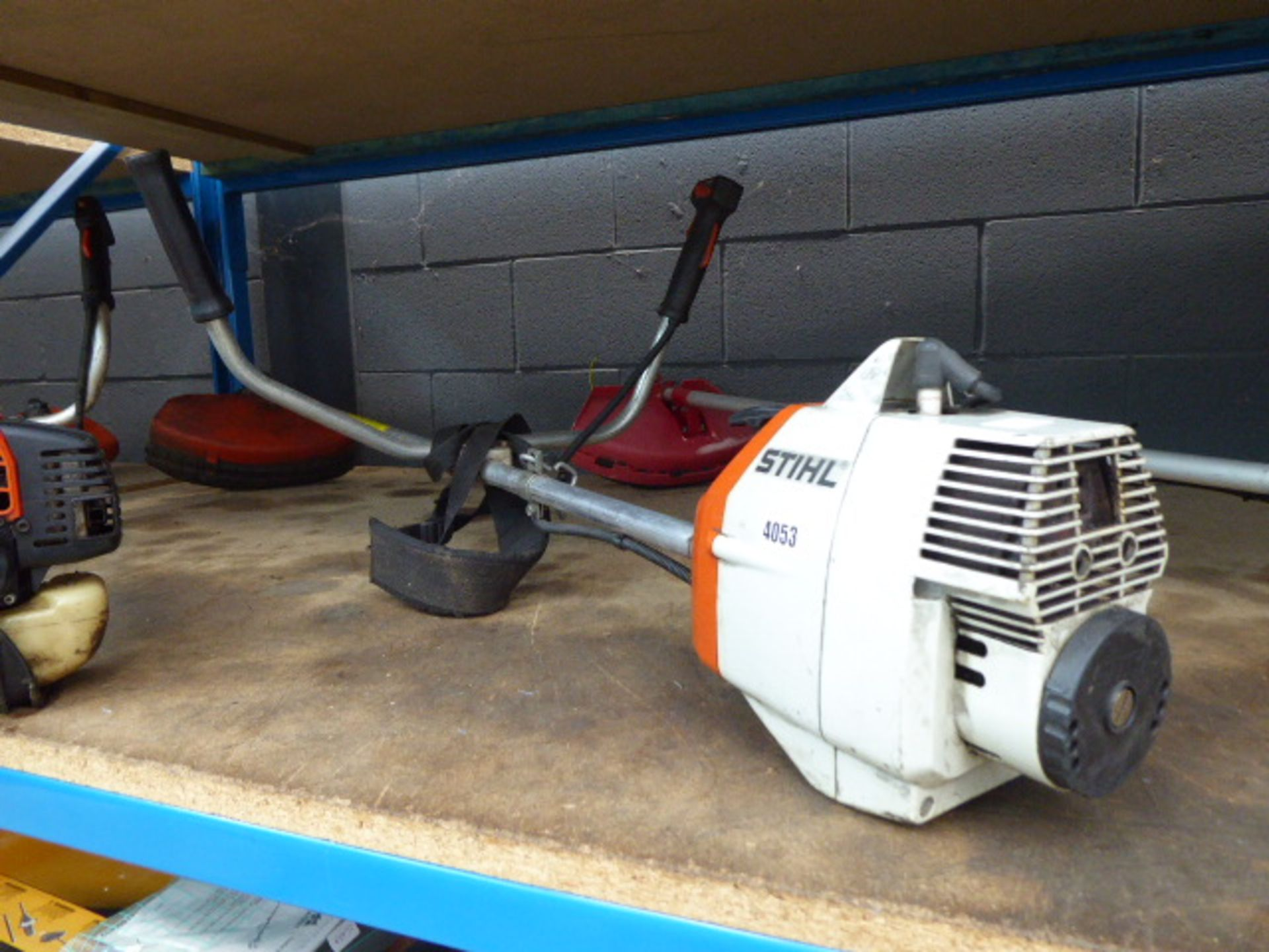 Lot 4053 - Stihl petrol powered strimmer