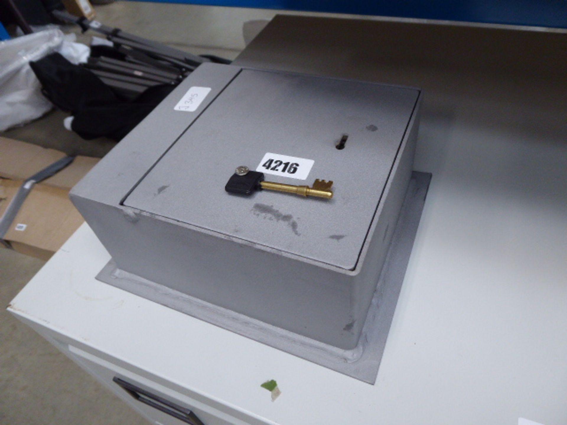 Lot 4216 - Small wall/floor key safe