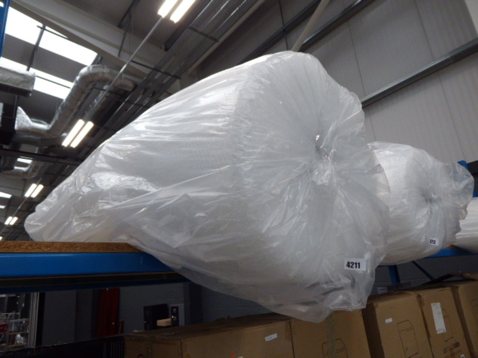 Lot 4211 - Large roll of bubble wrap