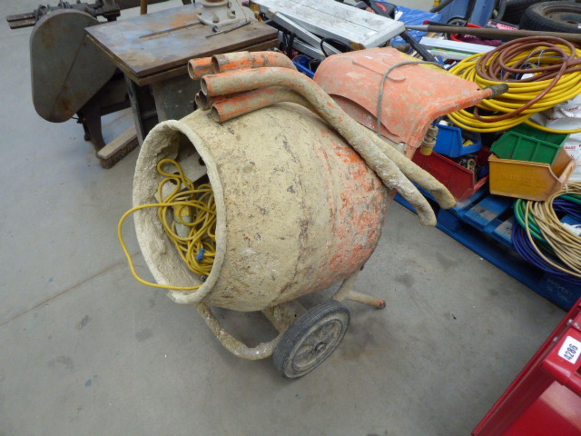 Lot 4287 - Belle electric mini mixer