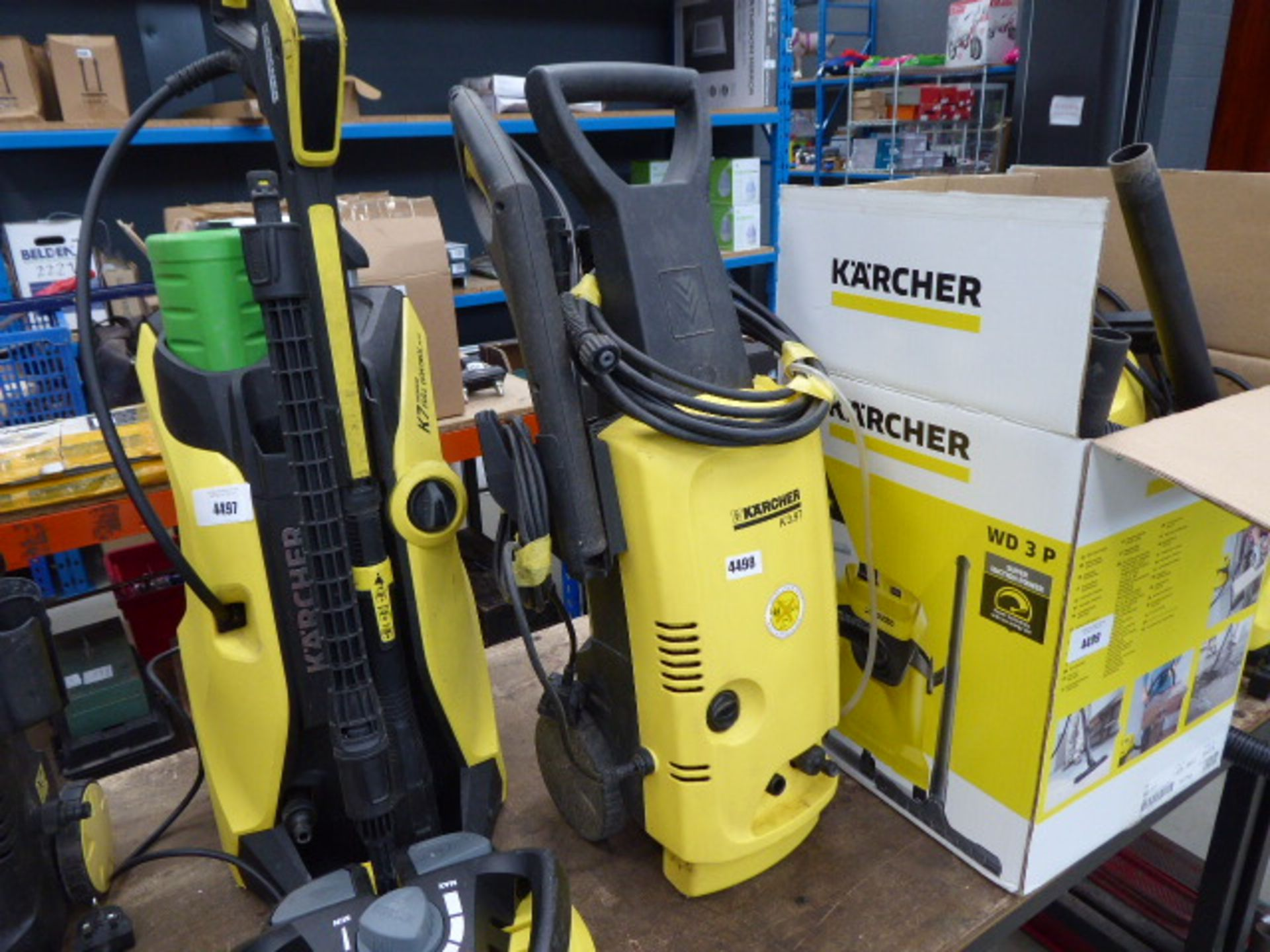 Lot 4498 - Karcher K3 electric pressure washer