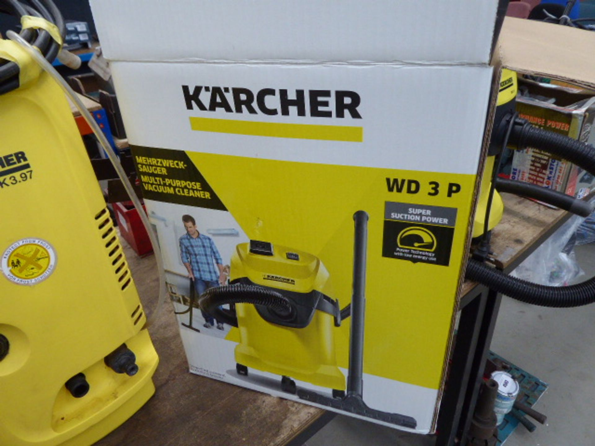 Lot 4499 - Karcher boxed vacuum cleaner