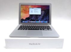 MacBook Air 13'' 1.6GHz Intel i5, 4GB RAM, 128GB SSD, Intel HD Graphics 6000 with box and PSU (