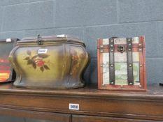 2 modern trinket boxes