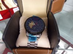 LA Banus 1000 Series stainless steel strap wristwatch with black dial in box
