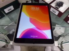 Apple iPad 7th Gen 32Gb iPad, Model A2197 with box and charger