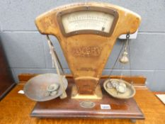 Avery set of scales plus weights