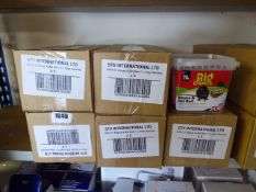 (1050) 5 boxes of The Big Cheese mouse and rat bair