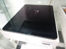 Apple IPad Pro 12.9inch 512GB wifi and cellular tablet. Model MTJD2B/A, Apple model number A1895