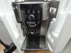 (TN9) Boxed Delonghi Magnifica smart coffee maker