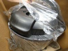 (TN72) Boxed instant pot multi use pressure cooker