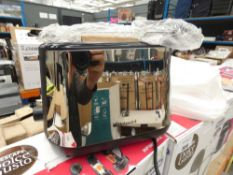 Boxed Hotpoint toaster