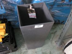 Vitae black rubber plant pot, 26x26x50cm