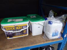 2 tubs of Quick Instant tarmacadam and 2 tubs of de-greaser concentrate
