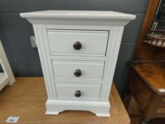 Banbury White Painted Large Bedside Table (9)