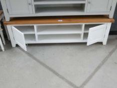 Hampshire White Painted Oak Extra Large TV Unit (19)