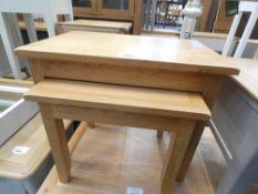 London Oak Nest of 2 Tables (16)