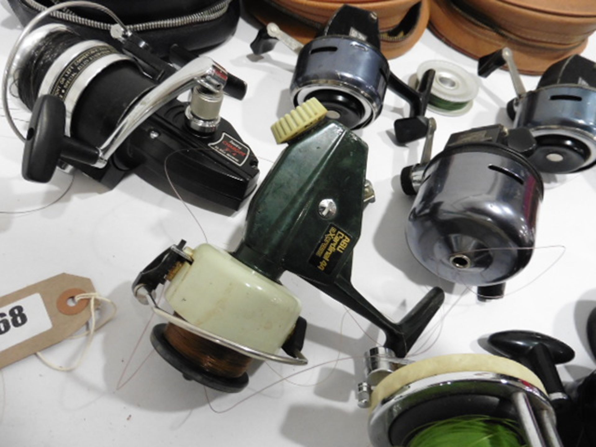 7 vintage reels including Garcia Mitchell 600 multipiler, 2 Abu 506, Mitchell 410 plus spare spools, - Image 3 of 6