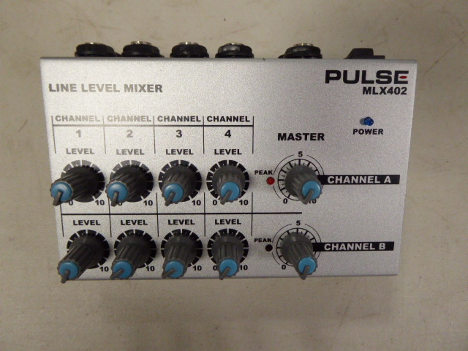 Pulse MLX402 Line level mixer